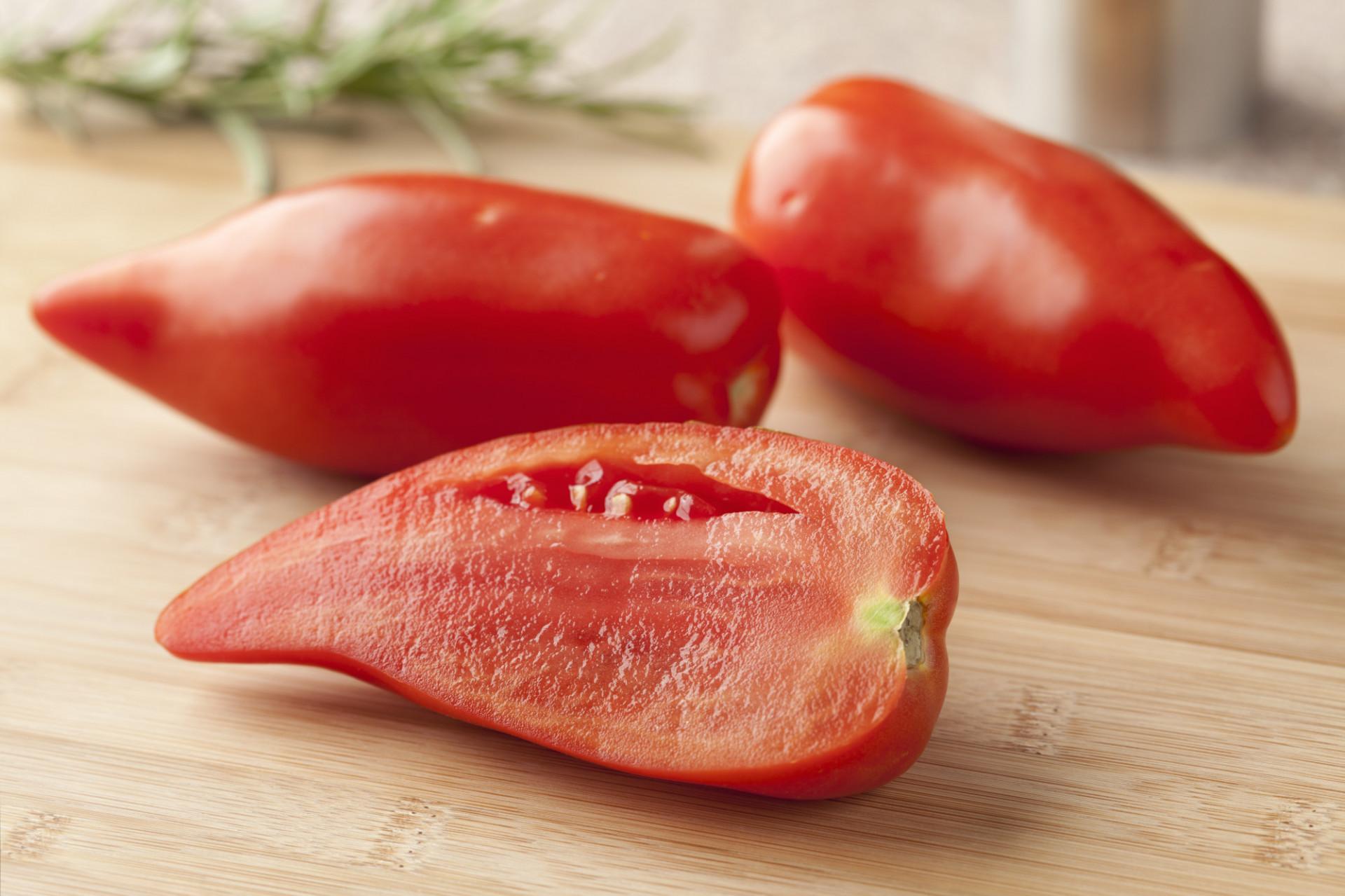 Tomate Cotelée type Ancienne Cornue des Andes